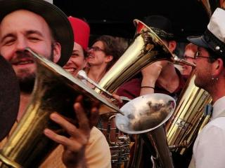 Veveritse and Jalopy Theatre host the HONK! NYC Festival